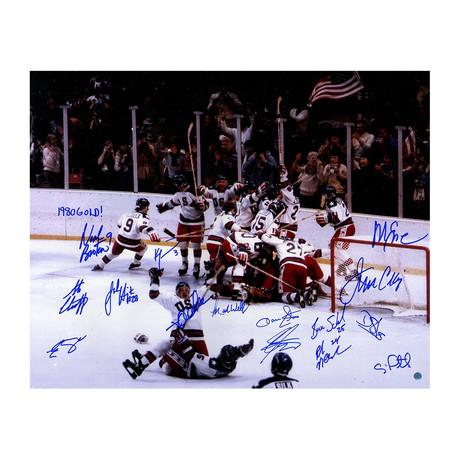 1980 USA Men's Hockey Team Signed Photo + Inscription