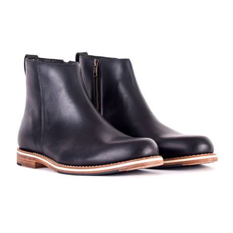 Pablo Boots // Black (US: 9)
