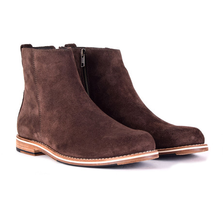 Pablo Boots // Chocolate (US: 9)