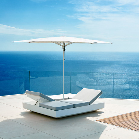 Horizon 9.5' Square Umbrella + Base (White Base + Frame)