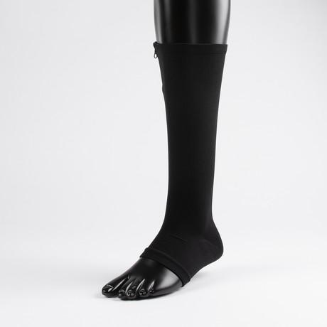 Anti-Fatigue Compression Socks // Black (S-M)