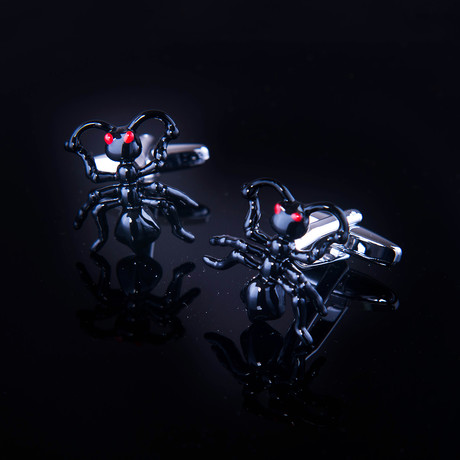 Exclusive Cufflinks + Gift Box // Black Bug
