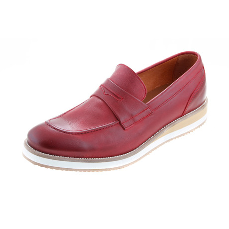 MT0134 // Wedge Moccasin // Red (Euro: 40)