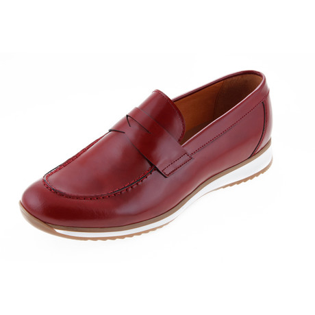 MT0506 // Trendy Moccasin // Red (Euro: 40)
