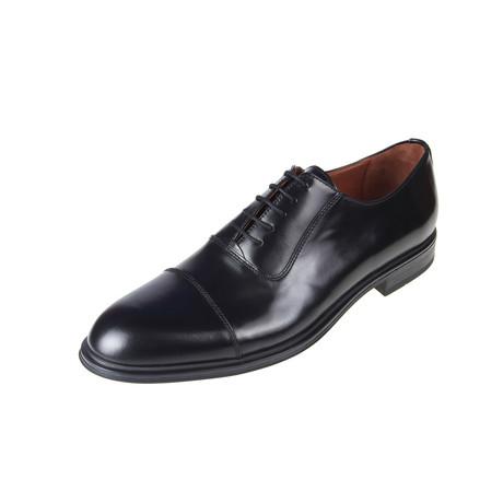 MT2176 // Oxford Shoe // Black (Euro: 40)