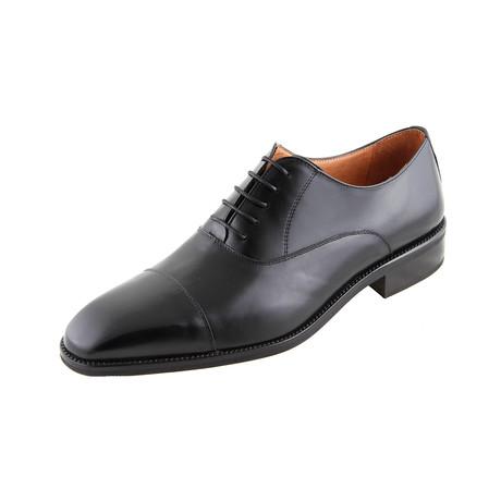 MT2183 // Oxford Shoe // Black (Euro: 40)