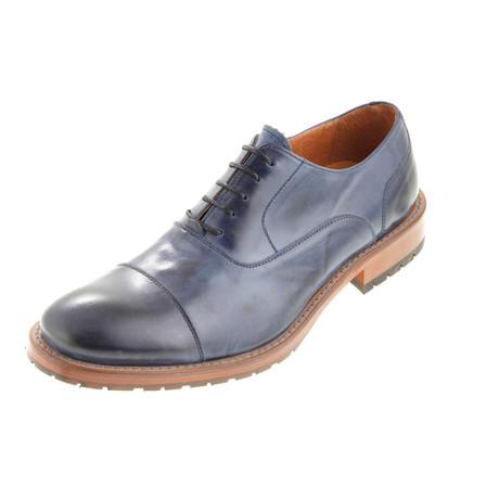 MT2226 // T. Oxford Shoe // Blue (Euro: 40)