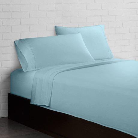 Crisp + Cool 300 Thread Count // Aqua // 4-Piece Sheet Set (Twin)