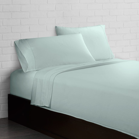 Crisp + Cool 300 Thread Count // Mint // 4-Piece Sheet Set (Twin)