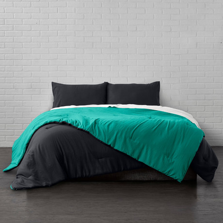 Reversible Brushed Microfiber Plush Down-Alt Comforter // Black + Teal // 3 Piece Set (Twin)