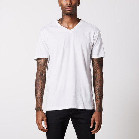 The Better Basic V-Neck // White (XS)