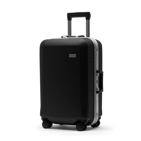 R22 Carry-On with Shelves // Black