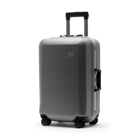 R22 Carry-On with Shelves // Silver