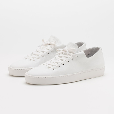 Atom Shoe // White (Euro: 40)