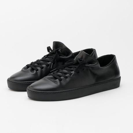 Atom Shoe // Black (Euro: 40)