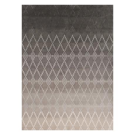 """Misty // Silver (5'7""""L x 7'9""""W)"""