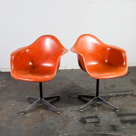 Herman Miller Eames Fiberglass DAX Lounge Chair // Set Of 2