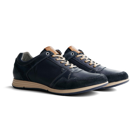 Corton Leather // Blue (Euro: 40)