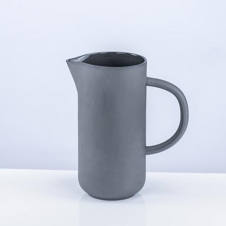 Tinge Porcelain Pitcher (Ash Gray)