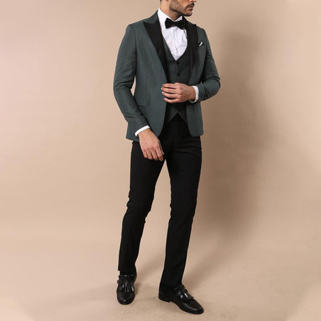 Camryn Slim Fit 3-Piece Tuxedo // Green (Euro: 46)