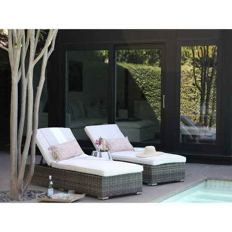 The Classic Chaise Lounge (Granite)