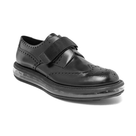 Prada // Men's Leather Brogue Oxford Dress Shoes // Black (US 9)