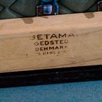 Hans Wegner Getama GE 265 Lounge Chair // Set Of 2