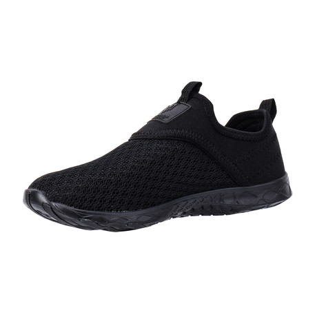 Men's XDrain Nova Water Shoes // Black (US: 7)