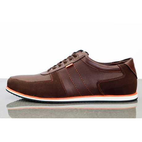 Zealand Leisure Sneakers // Brown (Euro: 40)