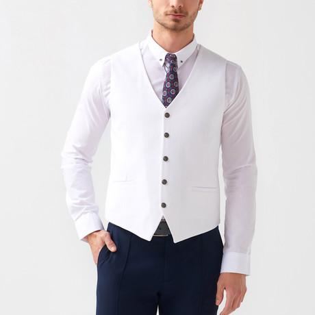 Bradley Vest // White (US: 46R)