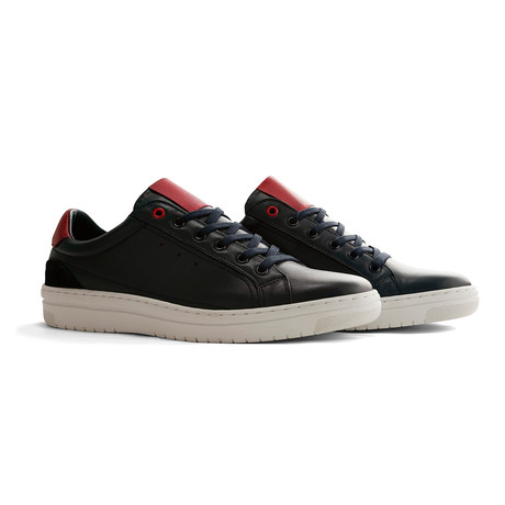A.B. Mullet Sneakers (Euro: 40)