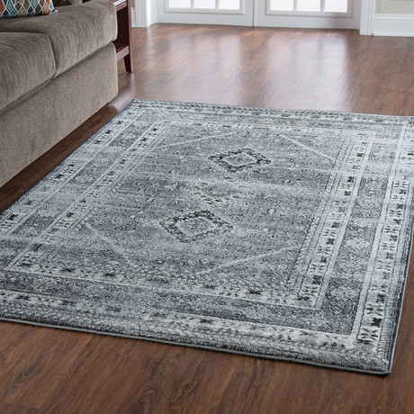 Flourish Goravan Grey Rug (5' x 7')