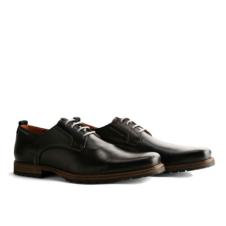 London Low Leather // Dark Gray (Euro: 40)