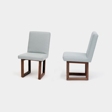 C2 W Chair // Linen Blend (Moss)