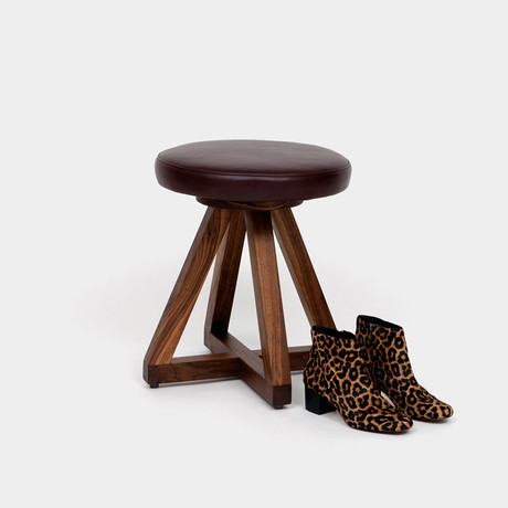 X1 Stool Walnut (Burgundy)