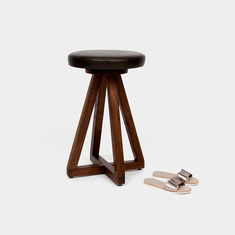 X2 Stool Walnut (Blackbean)