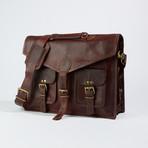 Large Messenger Bag // Chestnut Brown