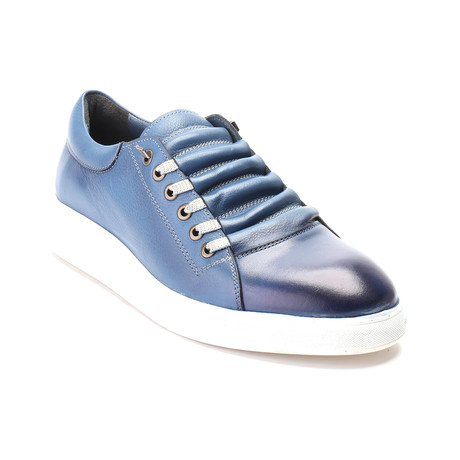 Wyatt Shoe // Blue (Euro: 40)