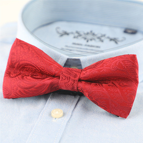 Silk Bow Tie // Red Paisley