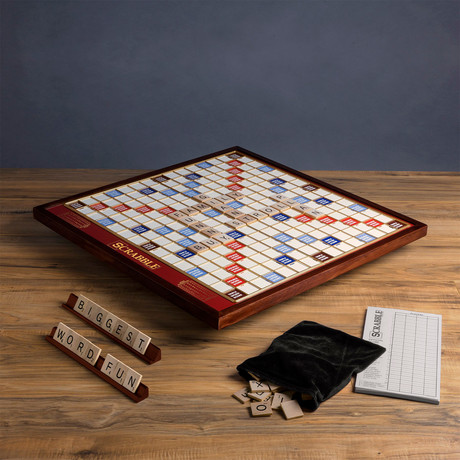 Scrabble Giant Deluxe
