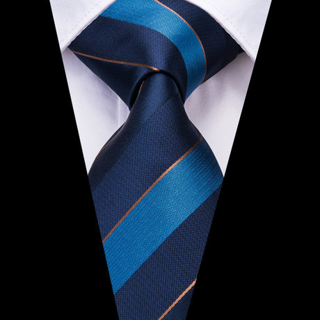 Easton Handmade Silk Tie // Blue