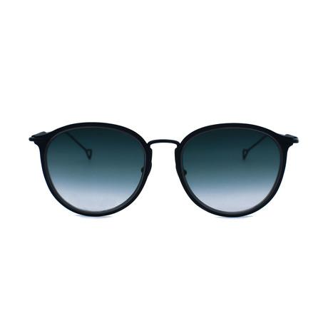 Lynne Sunglasses // Black + Smoke Gradient