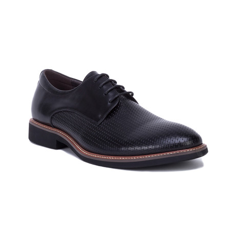 Capra Shoe // Black (US: 8)