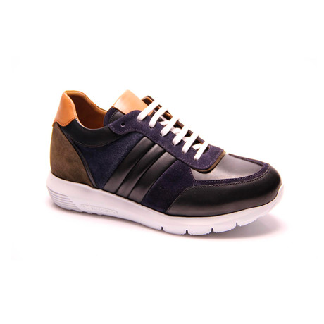 Roberto Sneaker // Black (Euro: 39)