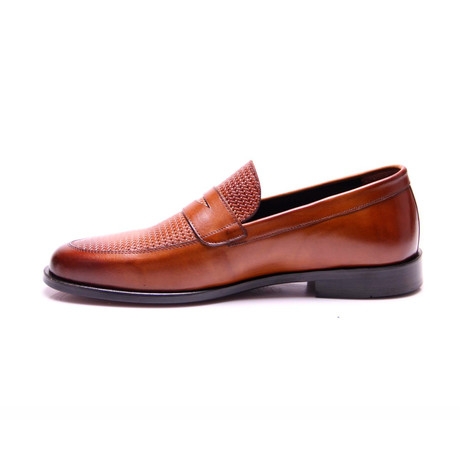 Loafer // Tobacco (Euro: 39)