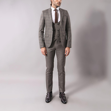 Alonso 3-Piece Slim-Fit Suit // Brown (Euro: 44)