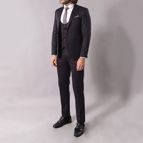 JC 3-Piece Slim-Fit Suit // Charcoal + Burgundy Buttons (Euro: 48)