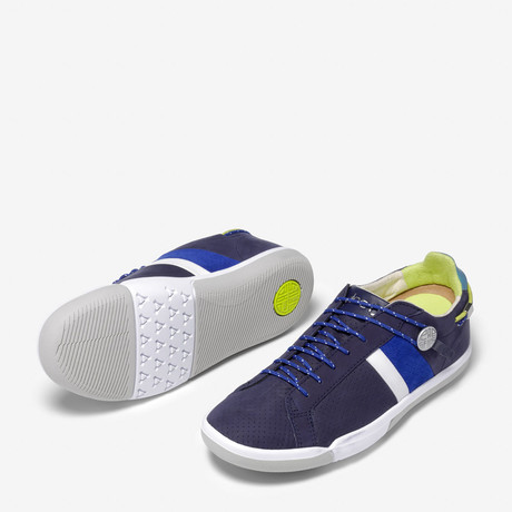 Mulberry Sneakers// Flux Navy (US: 4.5)