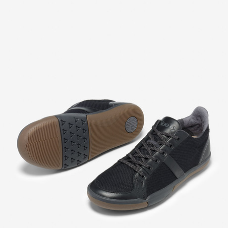 Prospect Sneakers // Black To School (US: 4.5)