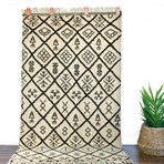 """Moroccan Beni Ourain // Hand Knotted // 6'5""""L x 3'8""""W"""
